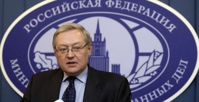 Российский МИД готовит ответ на приостановку выдачи виз посольством США