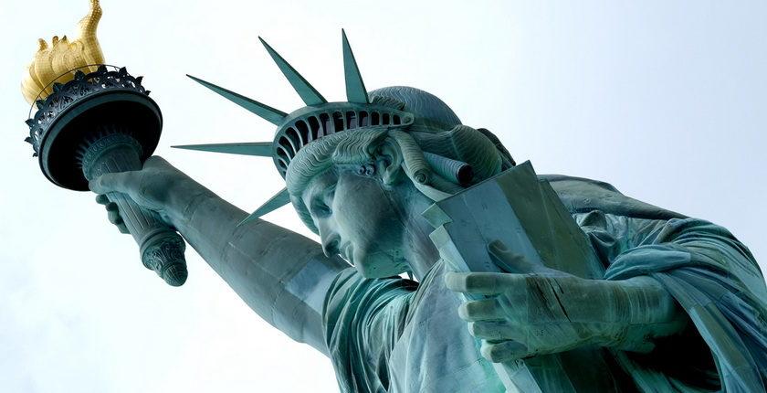Россия должна закрыть дипломатические дипломатические объекты в США