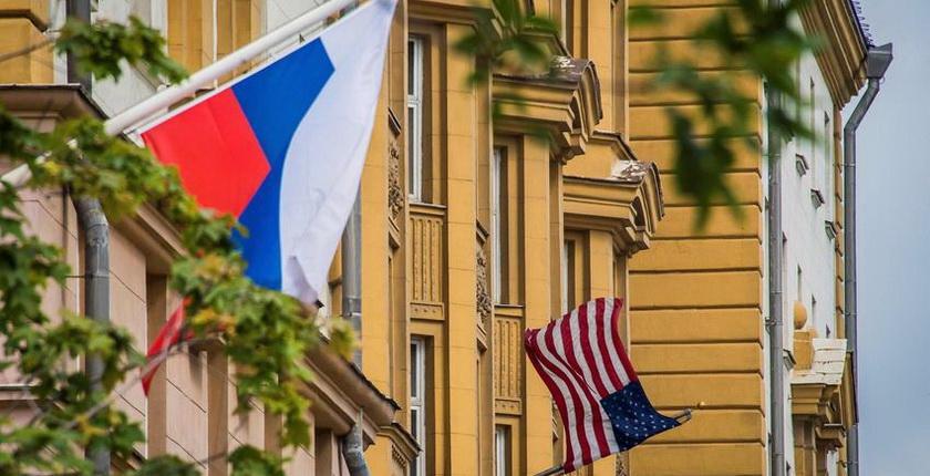 Посольство США в Москве возобновило выдачу неиммиграционных виз